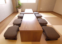 small chair for tatami room♪