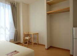Room305 68,000yen Corner room with great sunlight.