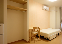 Room213 65,000yen Corner room with balcony.